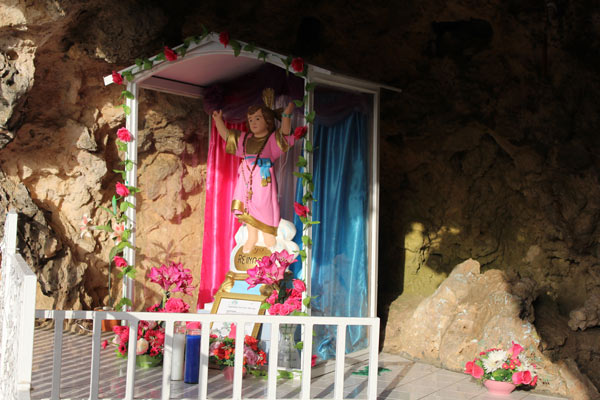 Lourdes grotto Aruba