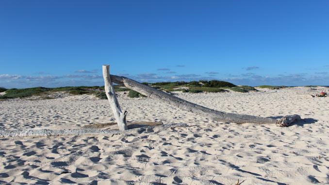 secluded beach in Aruba